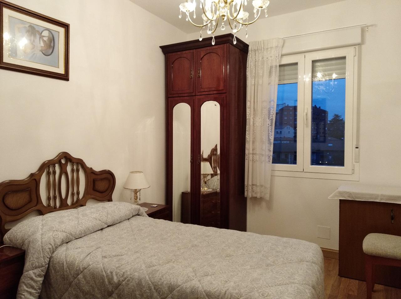-eu-west-1.amazonaws.com/mobilia/Portals/inmoatrio/Images/6489/4029210