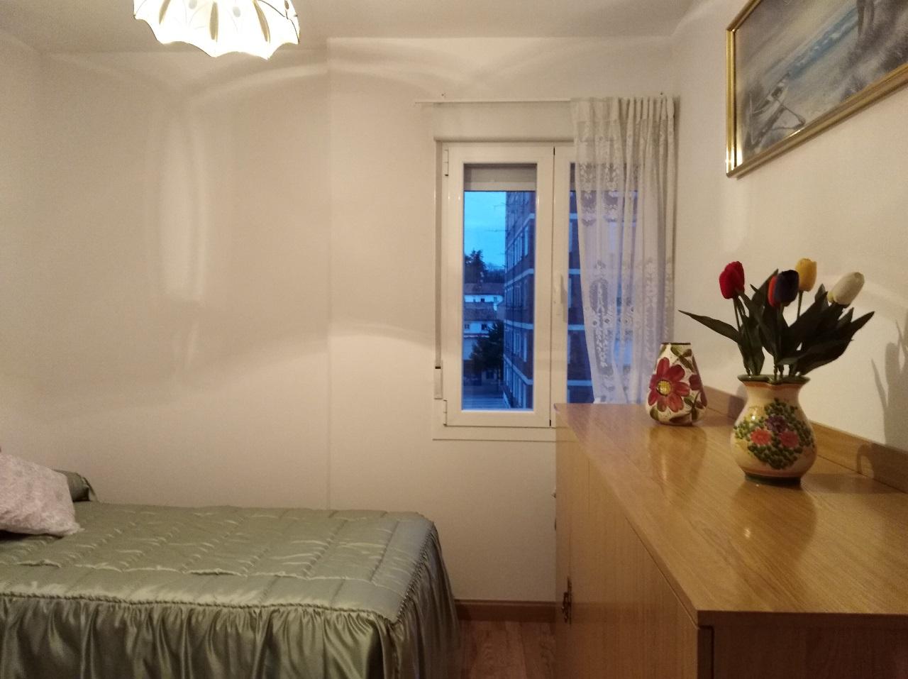 -eu-west-1.amazonaws.com/mobilia/Portals/inmoatrio/Images/6489/4029219
