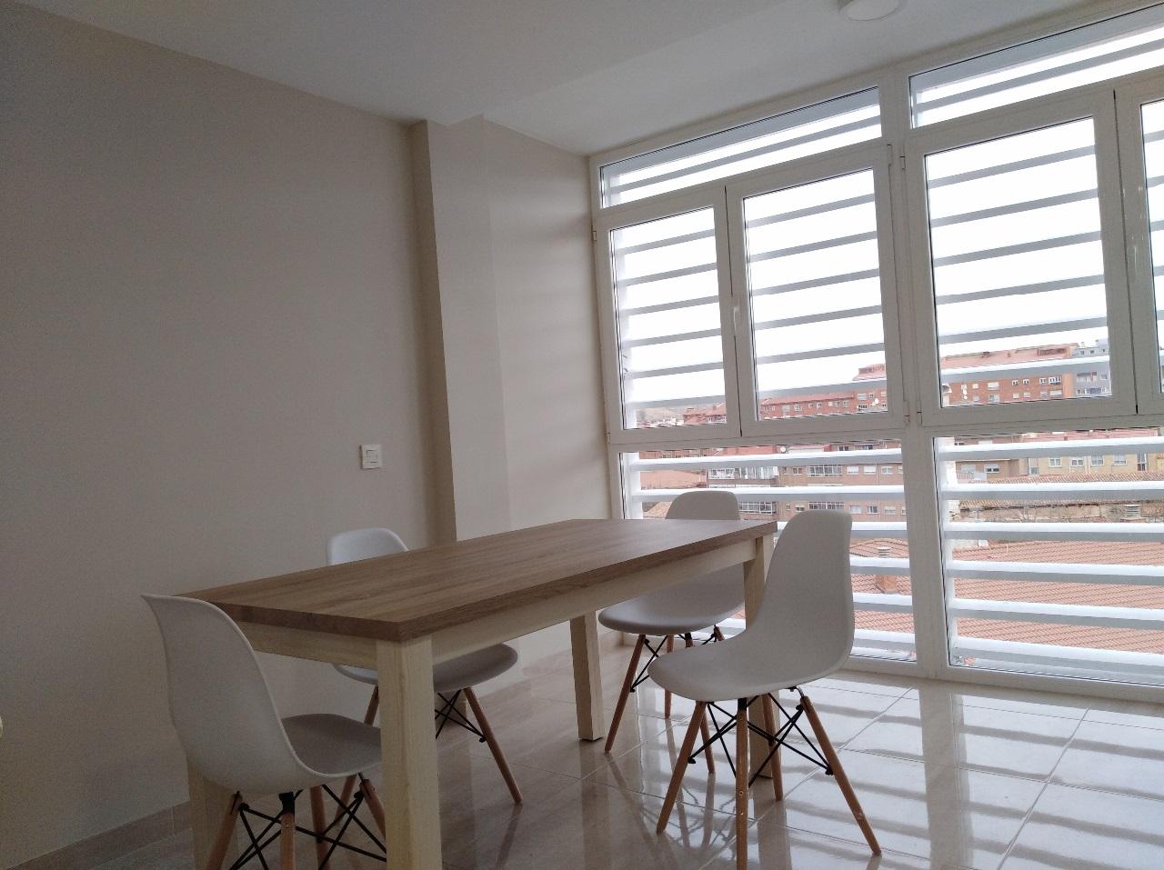 -eu-west-1.amazonaws.com/mobilia/Portals/inmoatrio/Images/6514/4032570