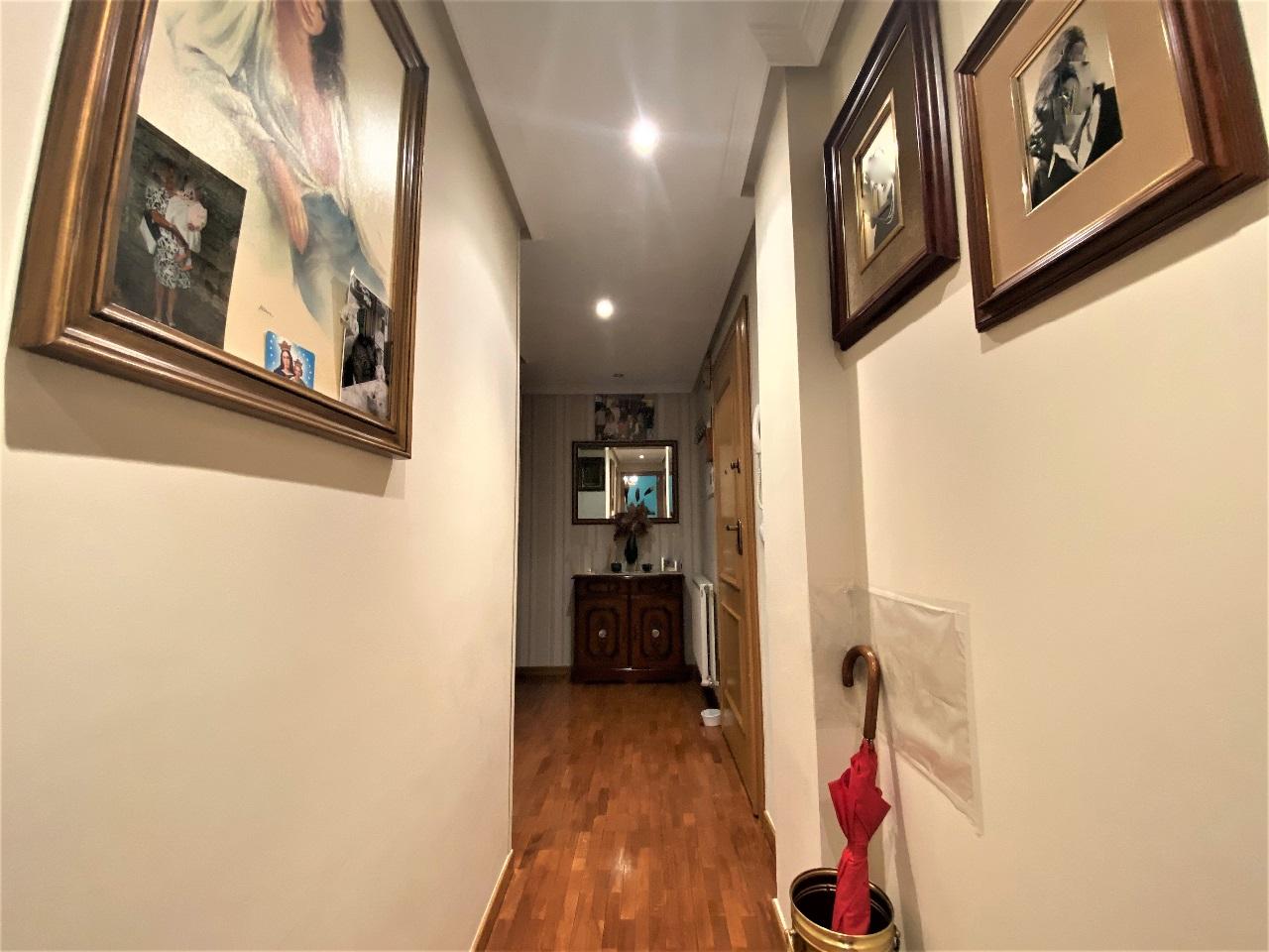 -eu-west-1.amazonaws.com/mobilia/Portals/inmoatrio/Images/6583/4121210