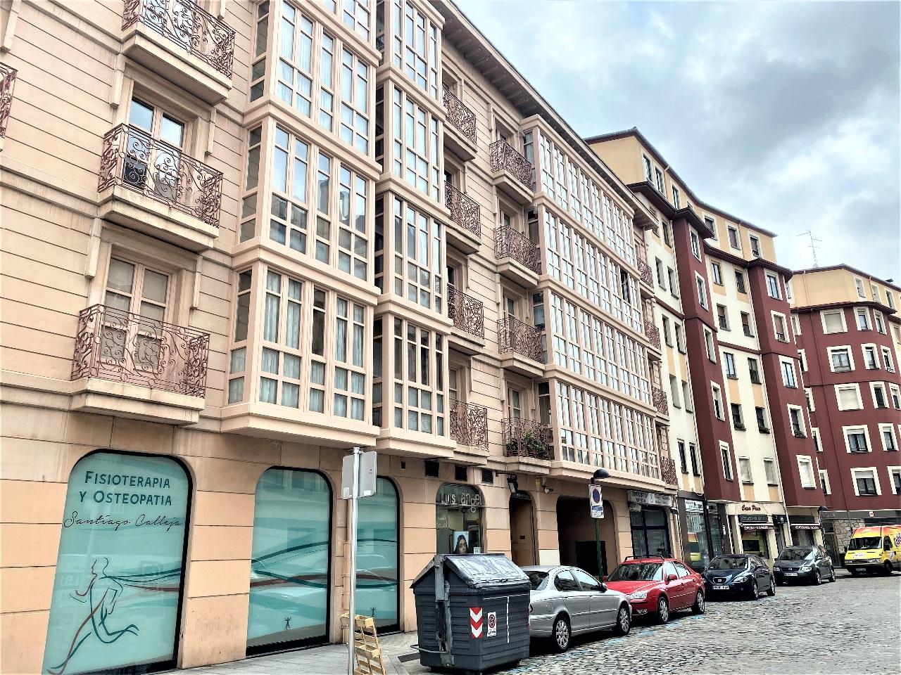Apartamento-con-garaje-frente-el-museo-de-la-Evolución