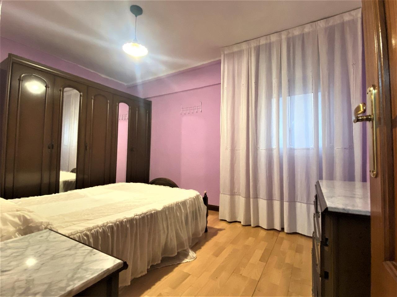 -eu-west-1.amazonaws.com/mobilia/Portals/inmoatrio/Images/6601/4143163