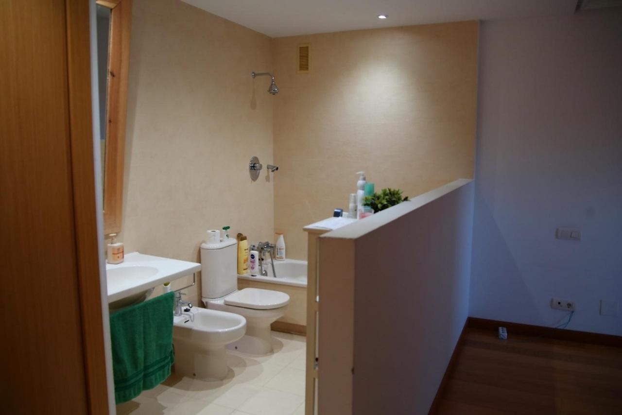 -eu-west-1.amazonaws.com/mobilia/Portals/inmoatrio/Images/6608/4192141