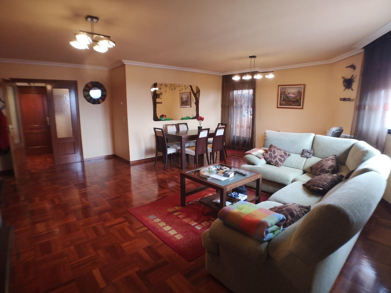 -eu-west-1.amazonaws.com/mobilia/Portals/inmoatrio/Images/6627/4167451