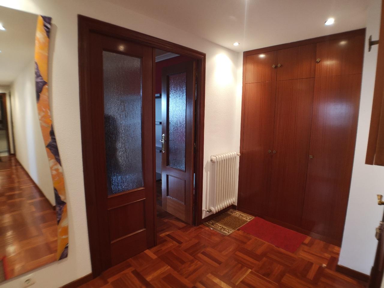 -eu-west-1.amazonaws.com/mobilia/Portals/inmoatrio/Images/6627/4167457
