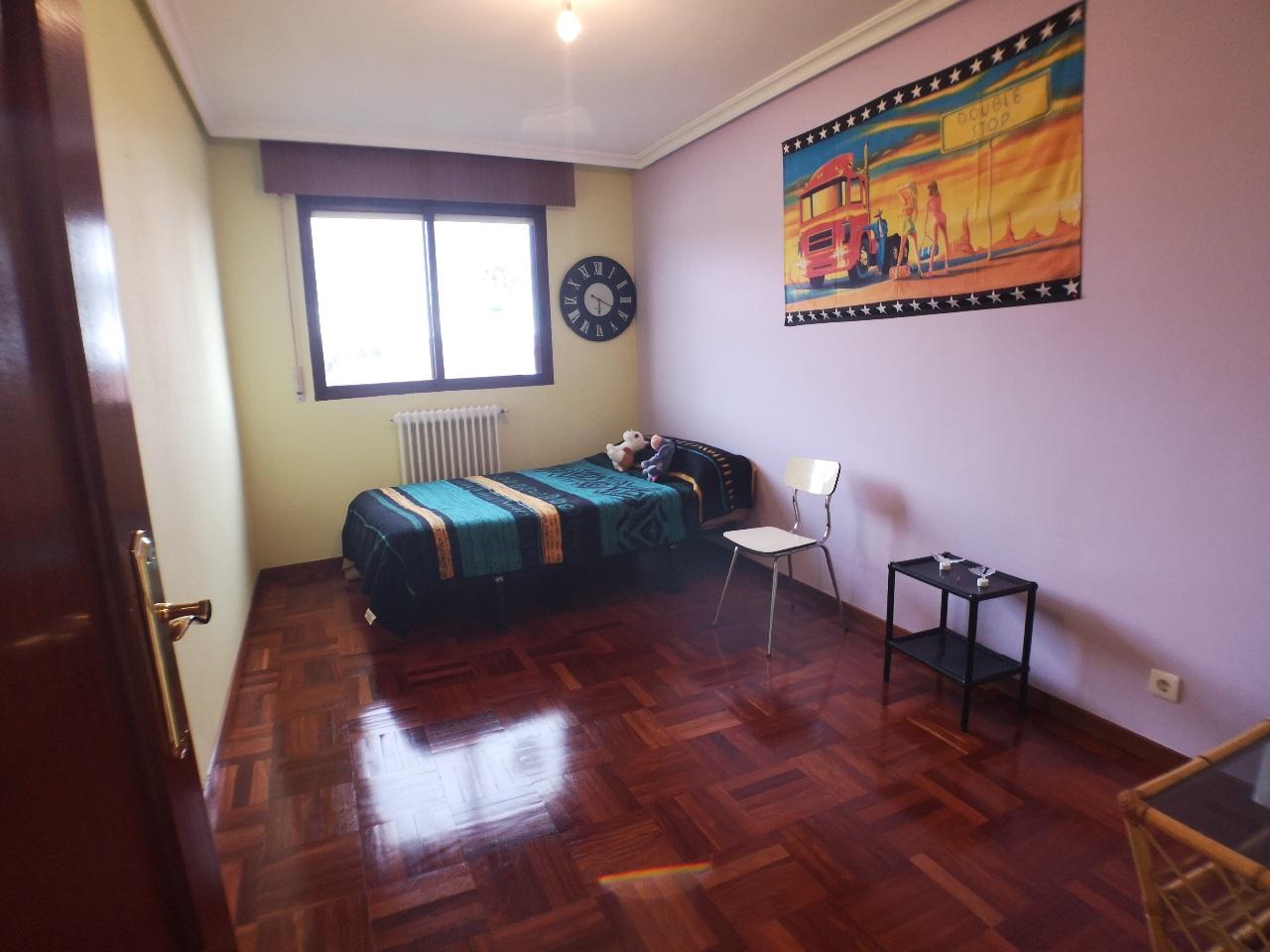 -eu-west-1.amazonaws.com/mobilia/Portals/inmoatrio/Images/6627/4167459