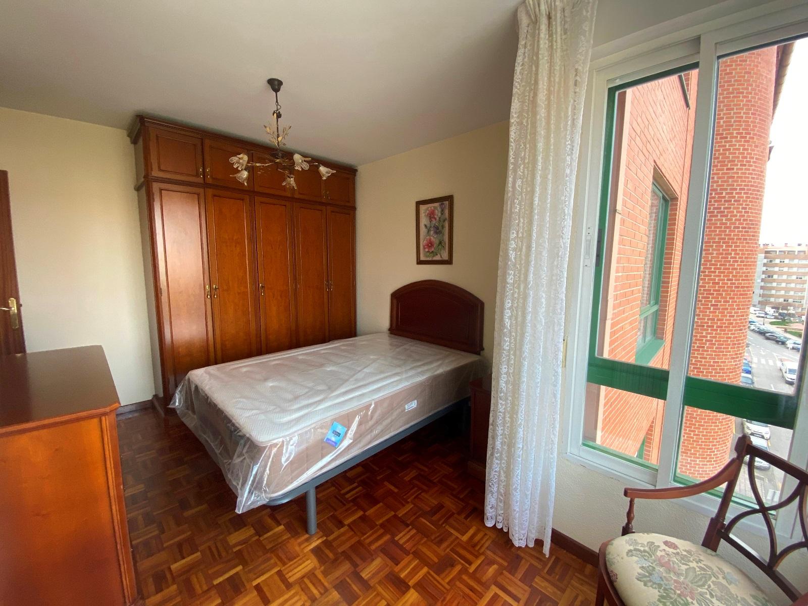 -eu-west-1.amazonaws.com/mobilia/Portals/inmoatrio/Images/6681/4270785