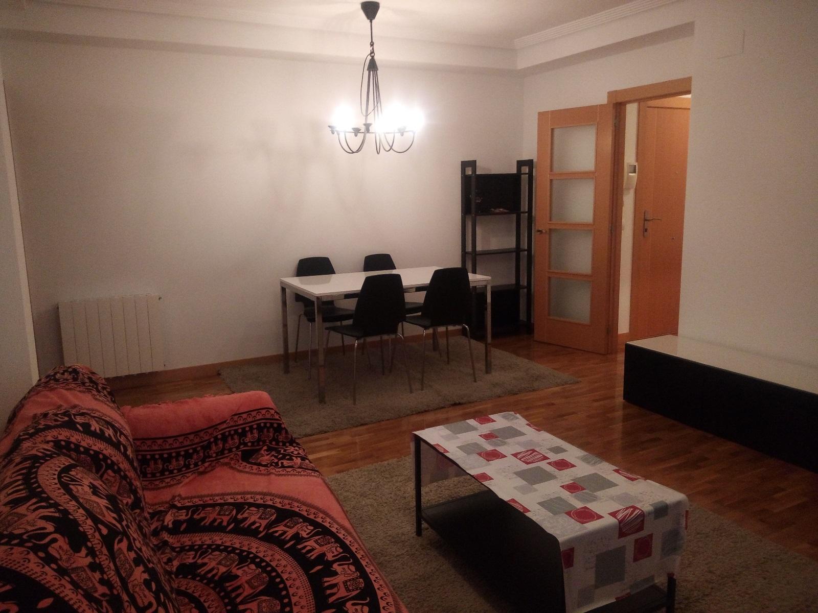 -eu-west-1.amazonaws.com/mobilia/Portals/inmoatrio/Images/6699/4300119