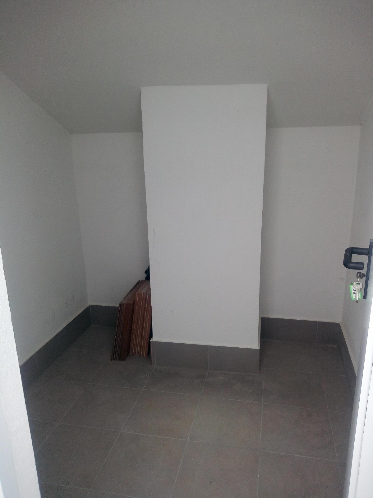 -eu-west-1.amazonaws.com/mobilia/Portals/inmoatrio/Images/6699/4300129