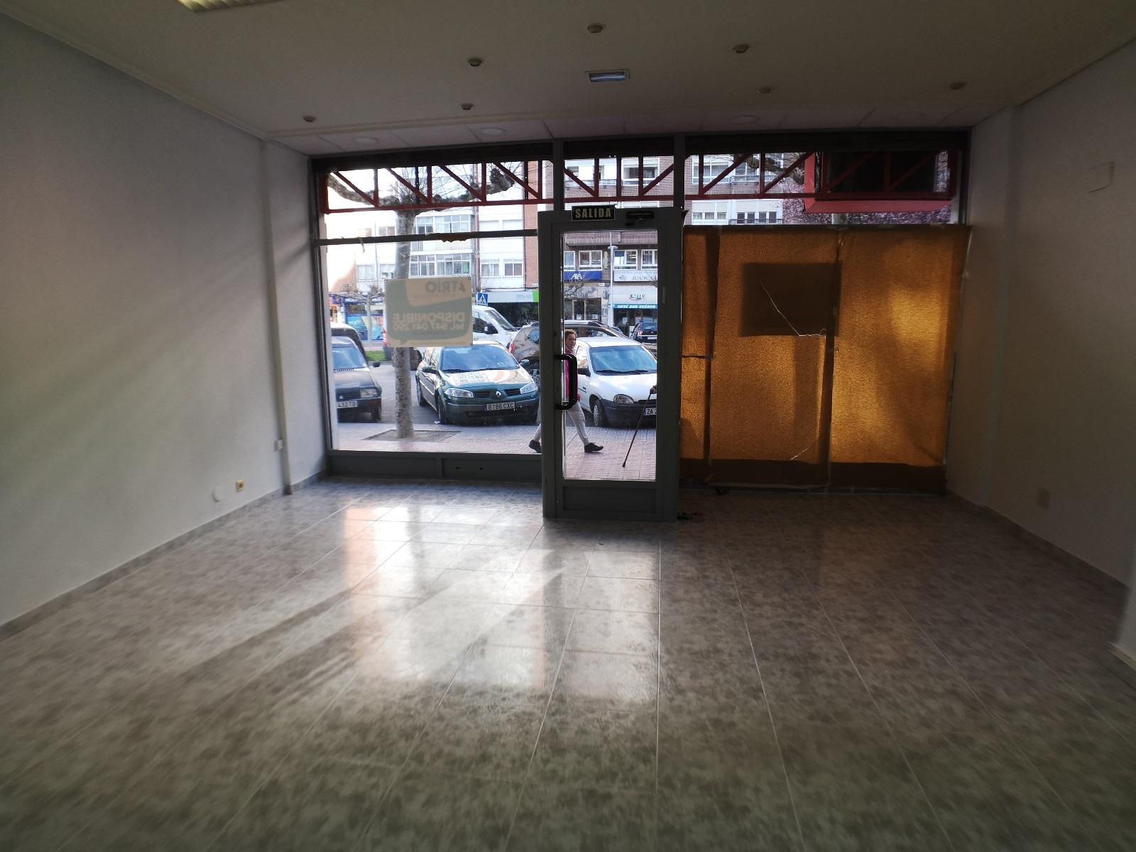 -eu-west-1.amazonaws.com/mobilia/Portals/inmoatrio/Images/6701/4310987