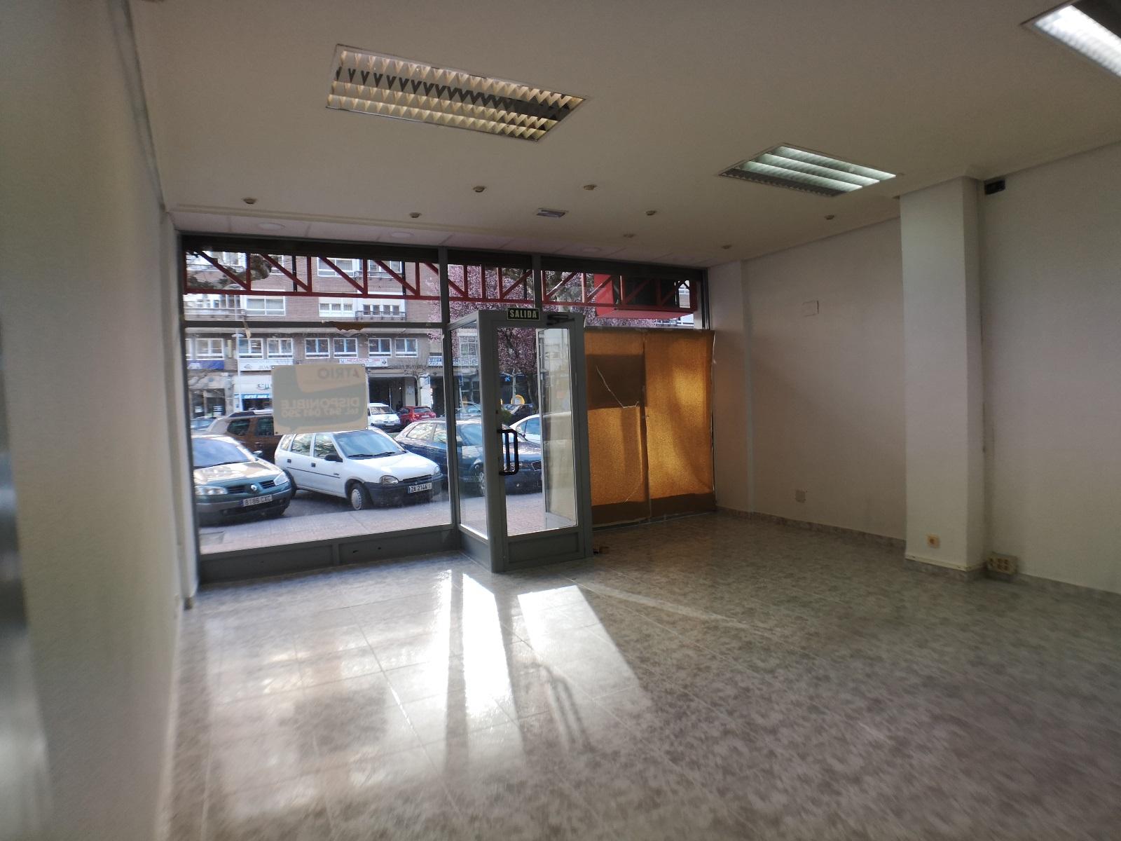 -eu-west-1.amazonaws.com/mobilia/Portals/inmoatrio/Images/6701/4310988