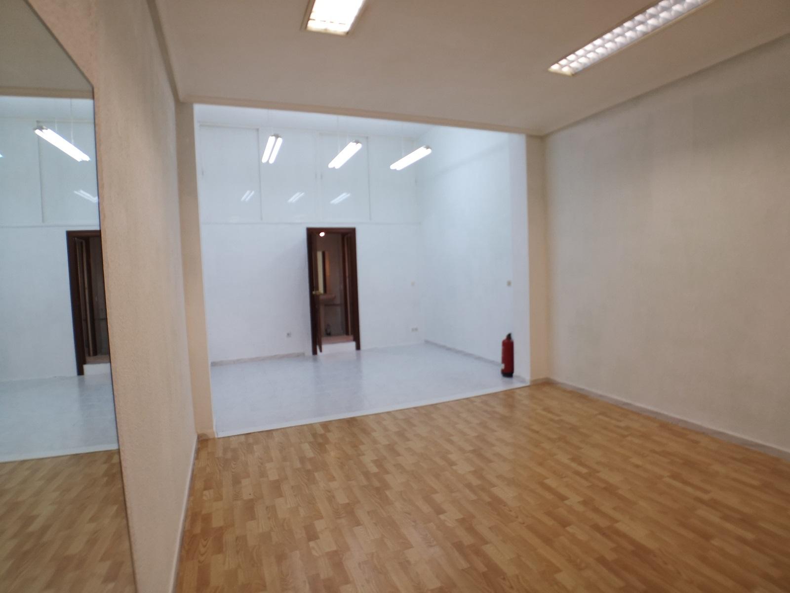 -eu-west-1.amazonaws.com/mobilia/Portals/inmoatrio/Images/6704/4311090