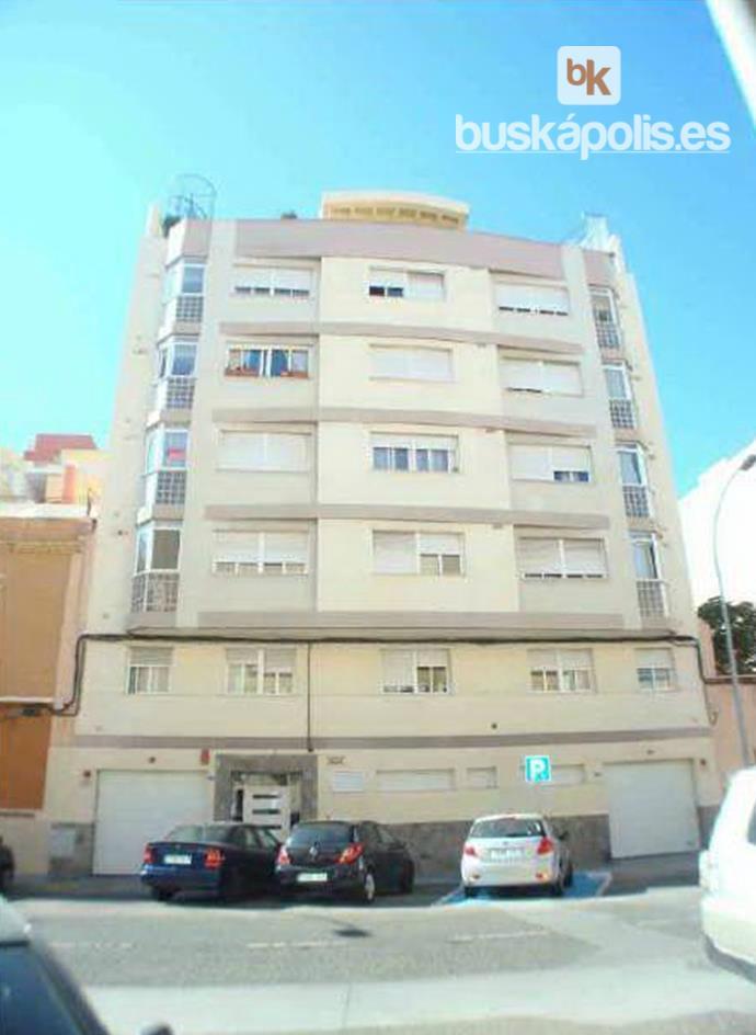 Piso en venta con 47 m2, 1 dormitorios  en Melilla