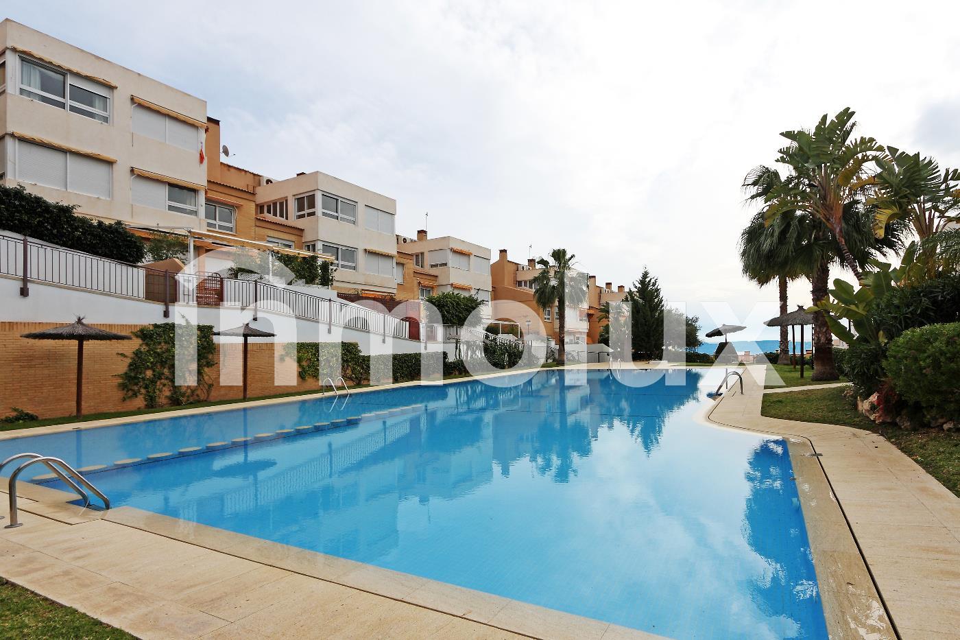 Adosado  en Alicante Cabo de las Huertas -  - >  €