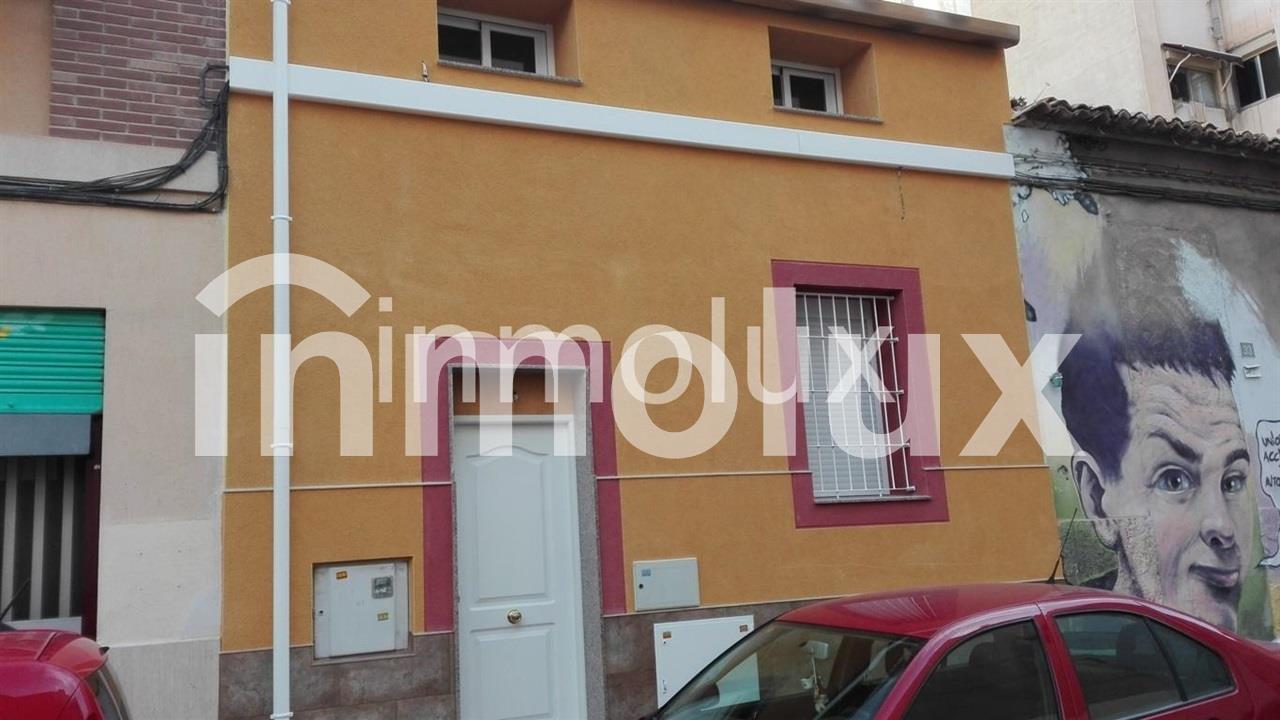 Casa planta baja  en Alicante Carolinas Bajas -  - >  €