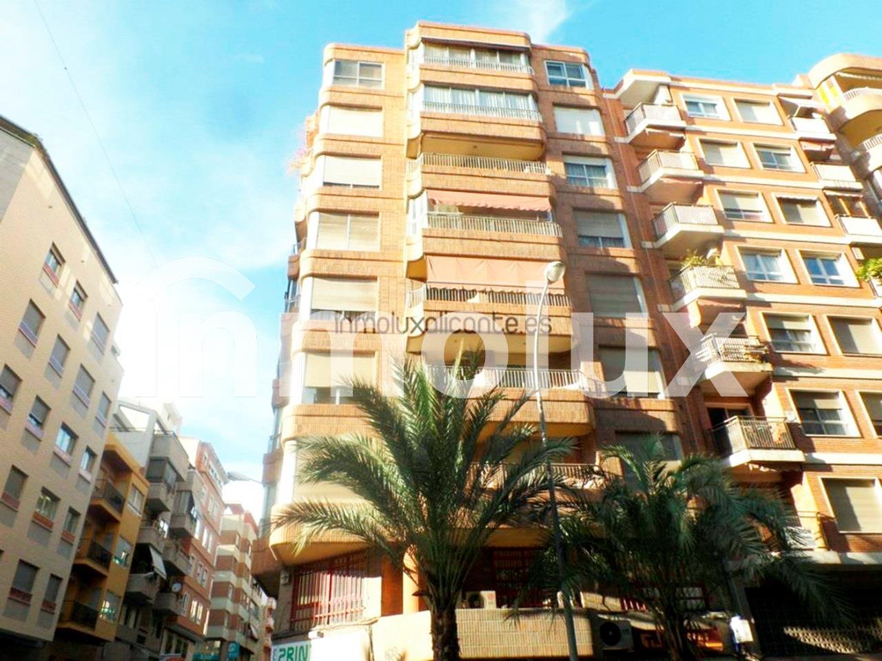 Piso  en Alicante Mercado -  - >  €