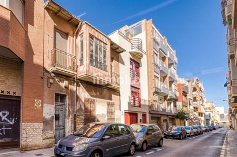 Casa en Venta en Calle del Capitán Rueda