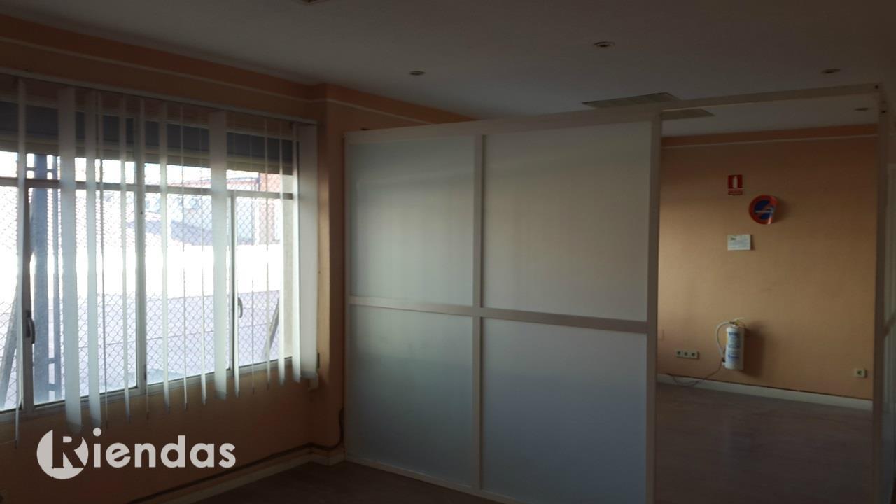 Piso en alquiler con 190 m2, 5 dormitorios  en Aguas Vivas, Las Lomas,