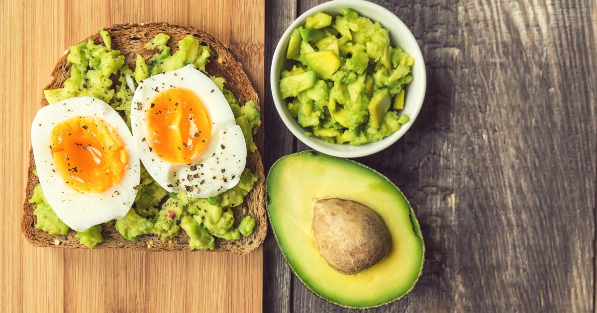 eggs and avocaddo