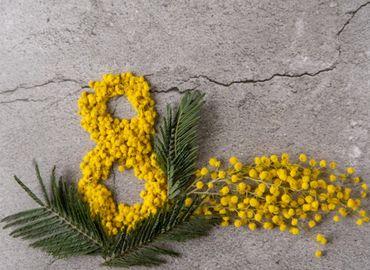 Festa della donna decoupage mimosa