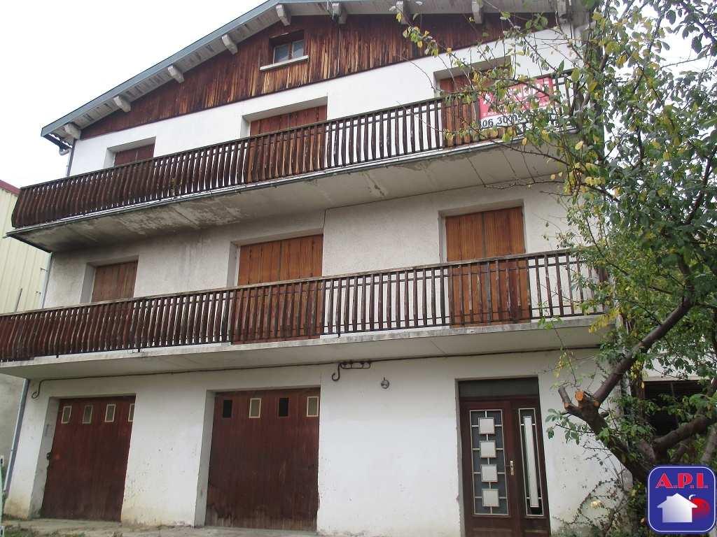 Vente Maison / Villa Lavelanet 14 pièces 6 chambres 219 m²