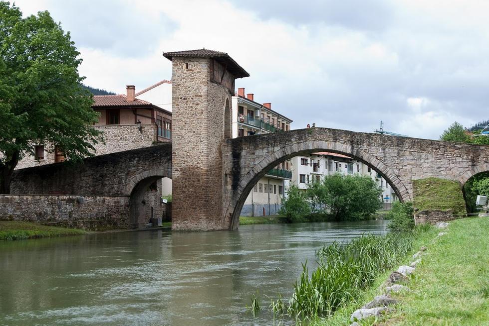 Puente de Balmaseda.jpg