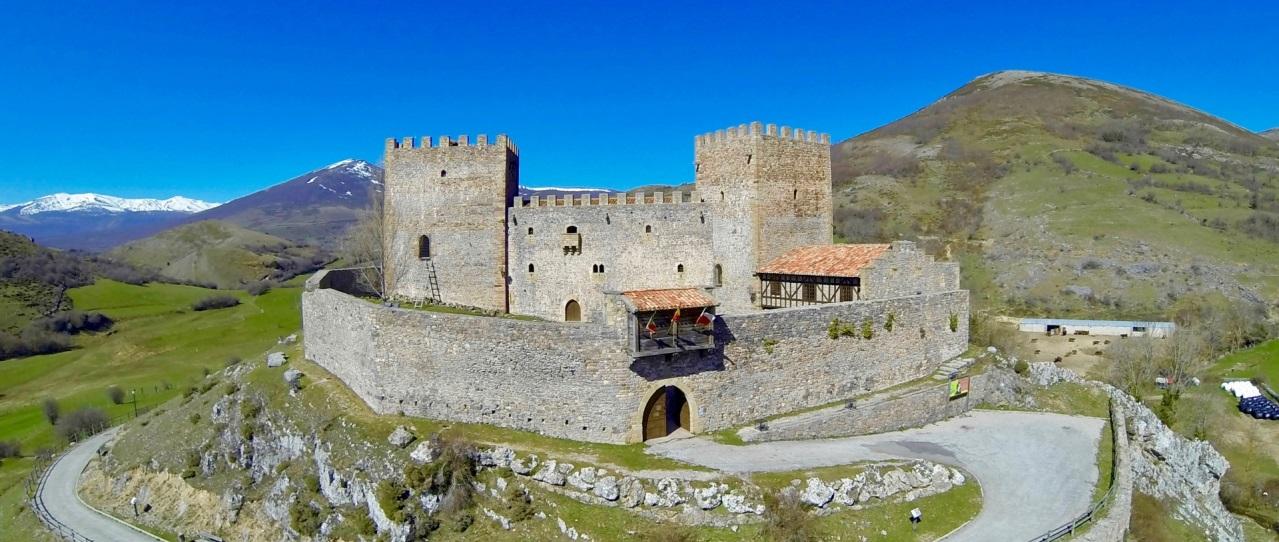 Castillo de Argueso.jpg