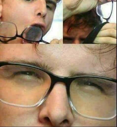 idubbbz prepping his glasses.jpg