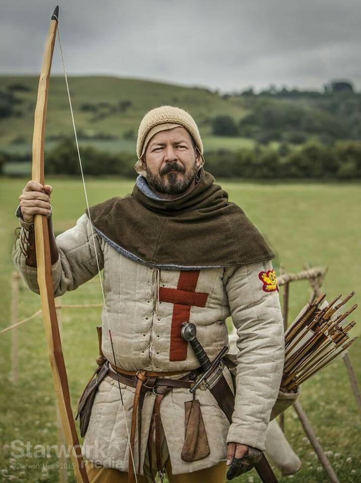 3922b305b8b74e681f5359910f13ecb0--medieval-dress-medieval-clothing.jpg