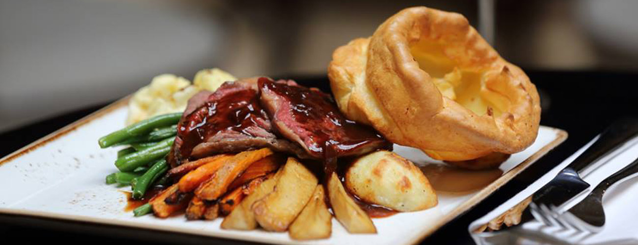 3-course carvery meal & overnight stay