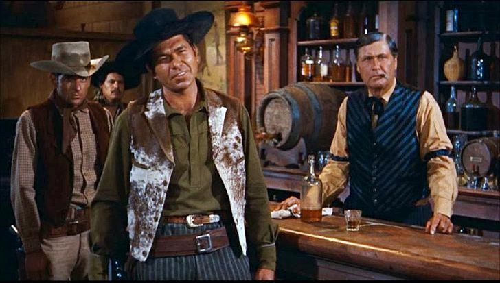 Claude Akins in Rio Bravo