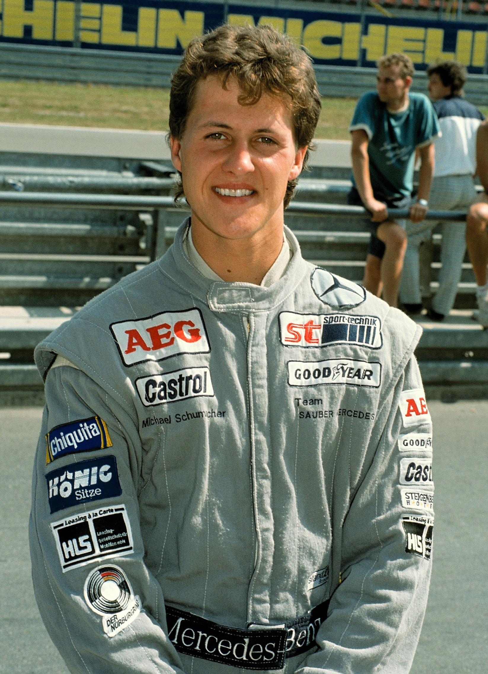 Michael-Schumacher-in-1990.jpg