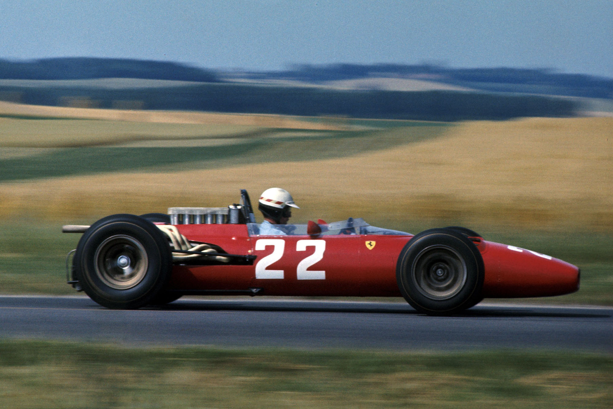 Jack Brabham (AUS) Brabham BT19 scored the first victory for the Repco engine.