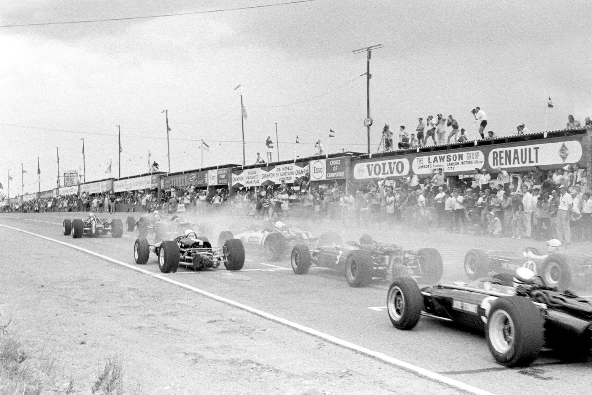 Start of Grand Prix.