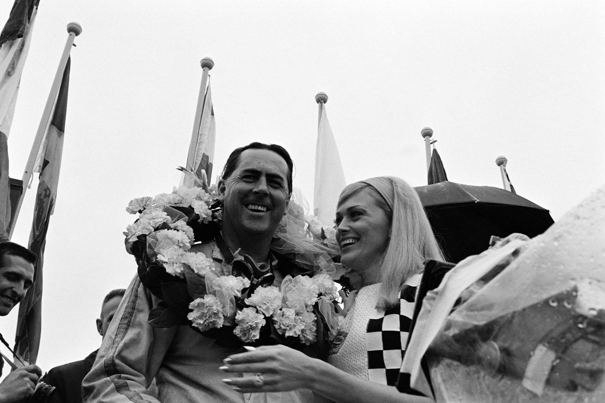 Jack Brabham, 1st position, on the podium.