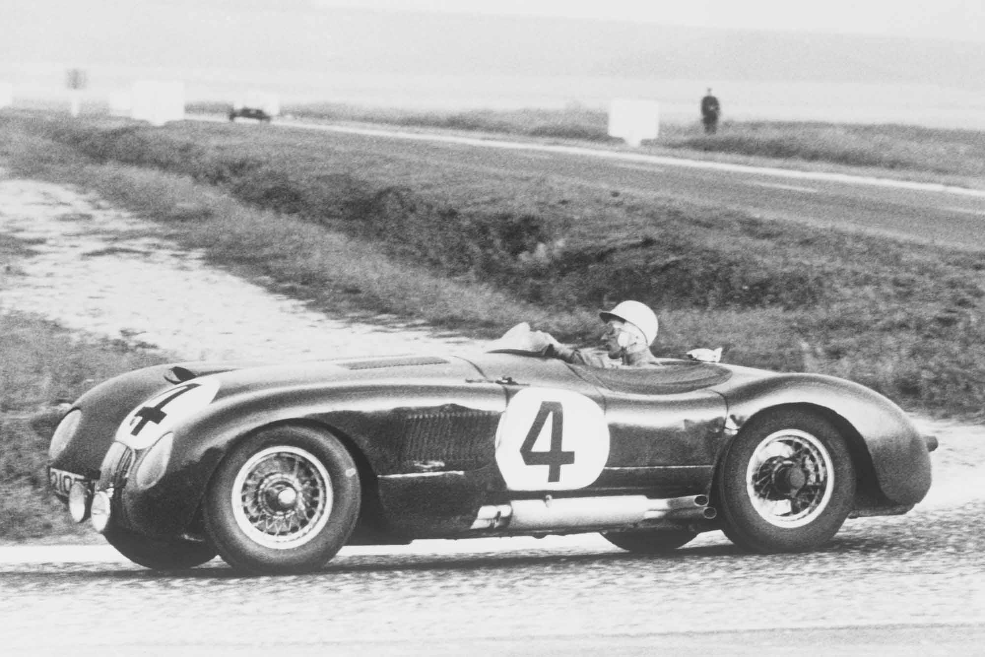 moss_jaguar_1953_french_gp