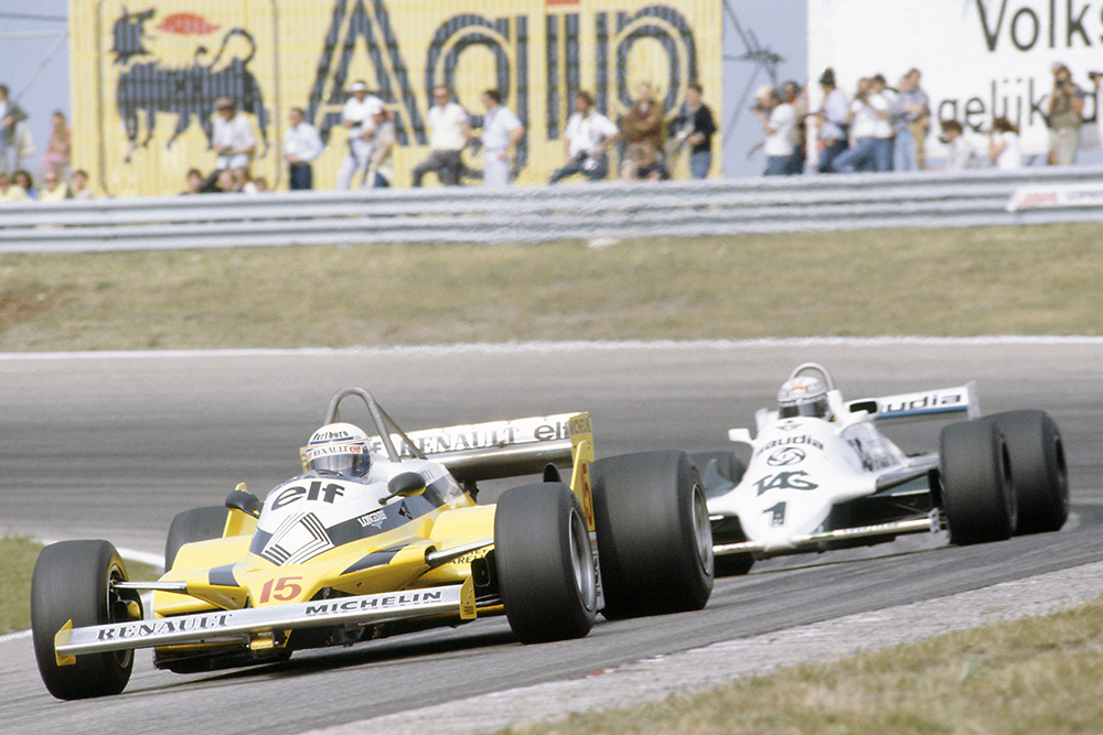 Alain Prost (Renault RE30) leads Alan Jones (Williams FW07C-Ford Cosworth).