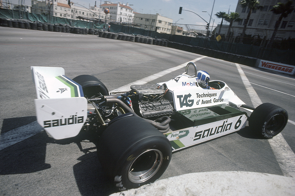 Keke Rosberg in a Williams FW07C-Ford Cosworth.