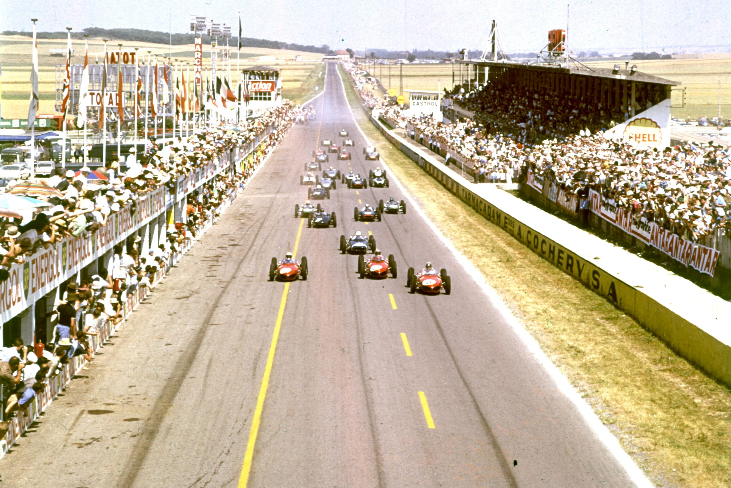 The start of the 1961 French Grand Prix at Reims.