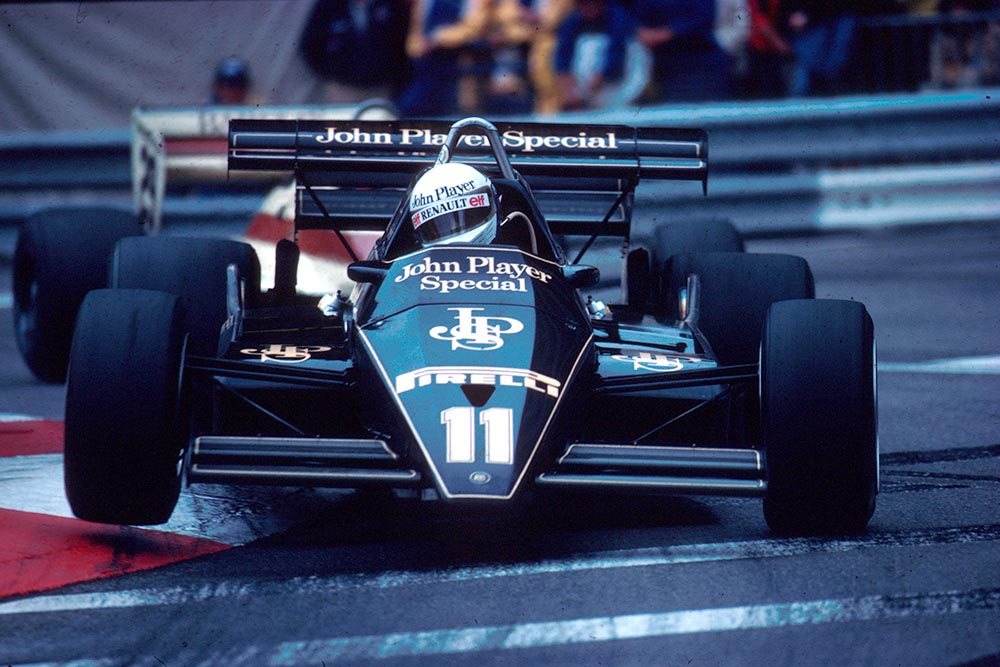 Elio de Angelis in his Lotus 93Y.