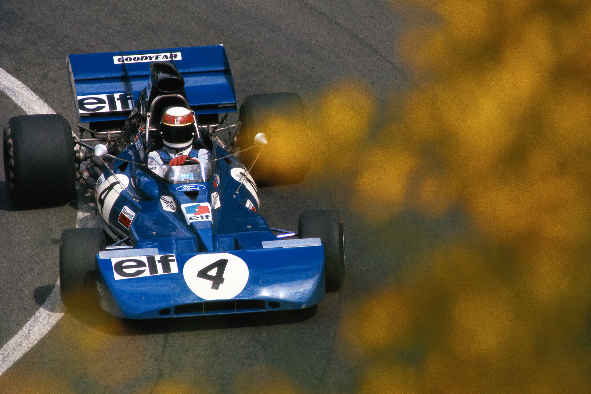 Jackie Stewart driving for Tyrrell at the 1972 French Grand Prix.