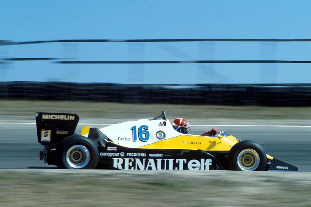 Eddie Cheever (Renault RE40) retired from the race.