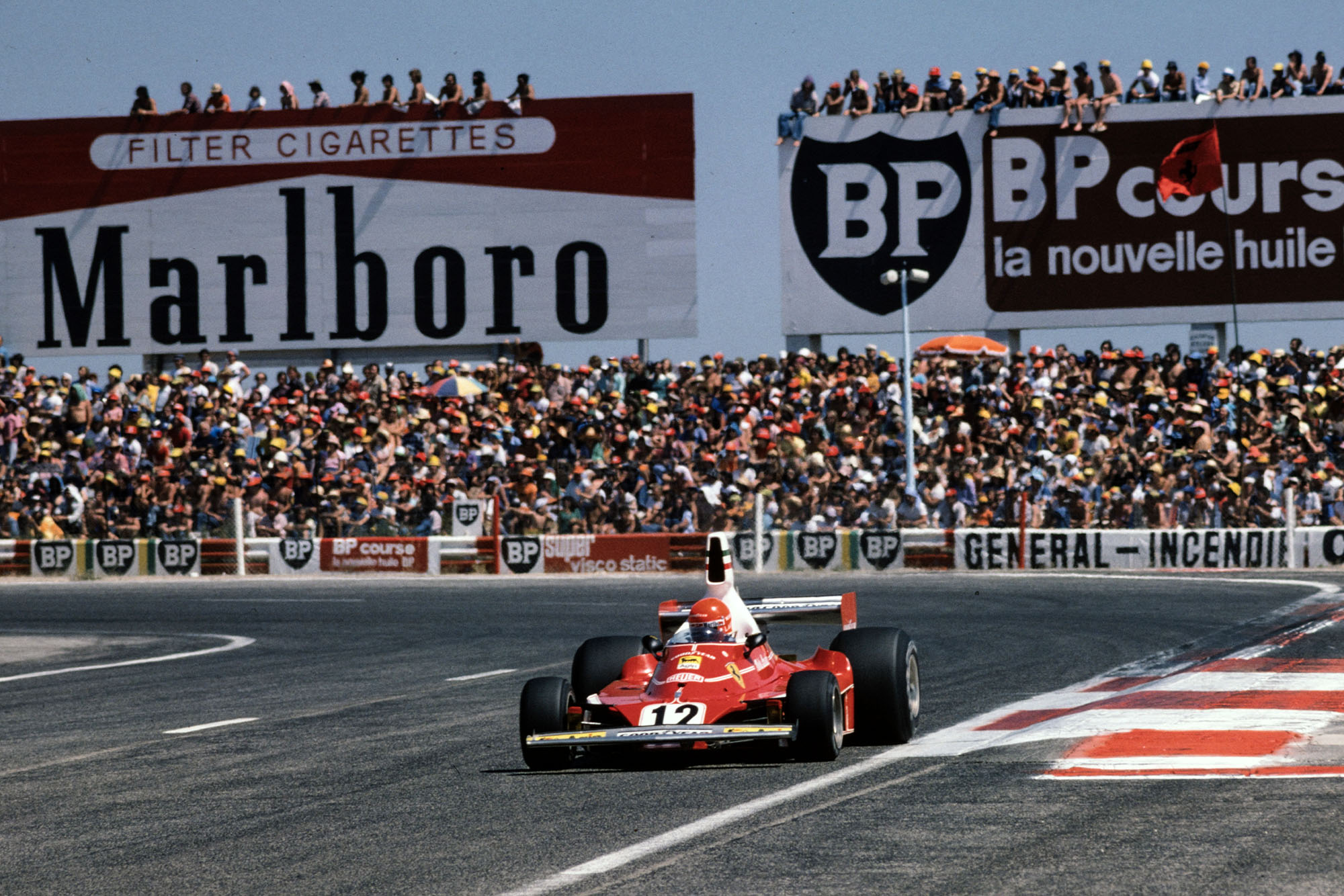 Niki Lauda (Ferrari) rounds the last corner at the 1975 French Grand Prix, Paul Ricard.