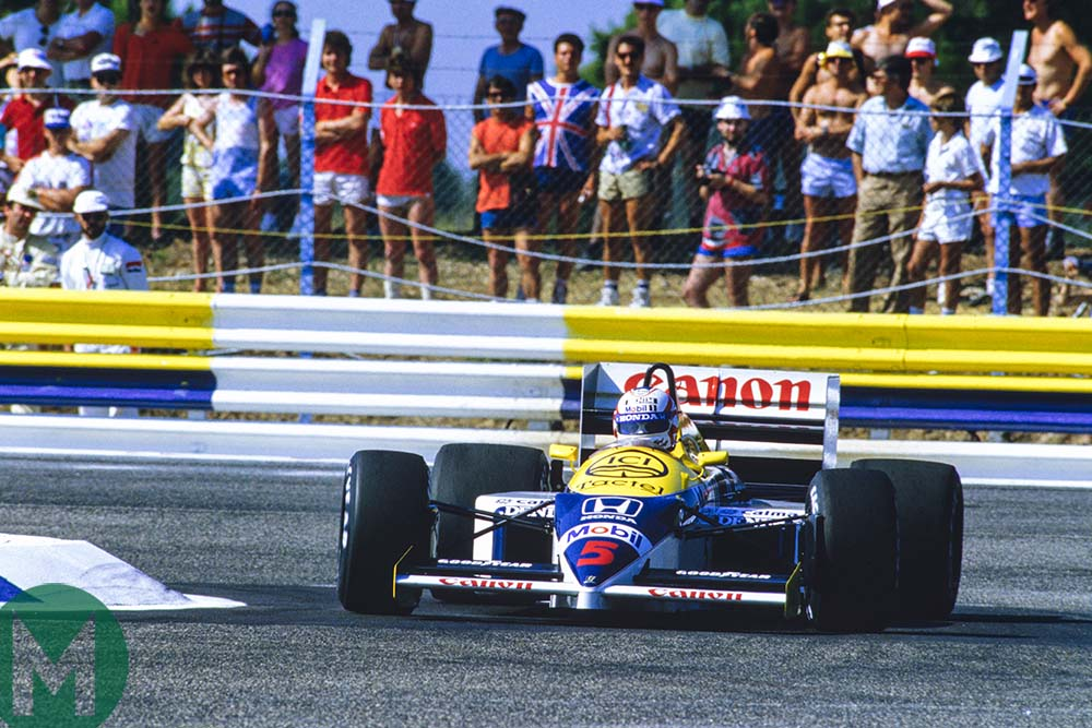Nigel Mansell goes through chicane at 1986 French Grand Prix Paul Ricard