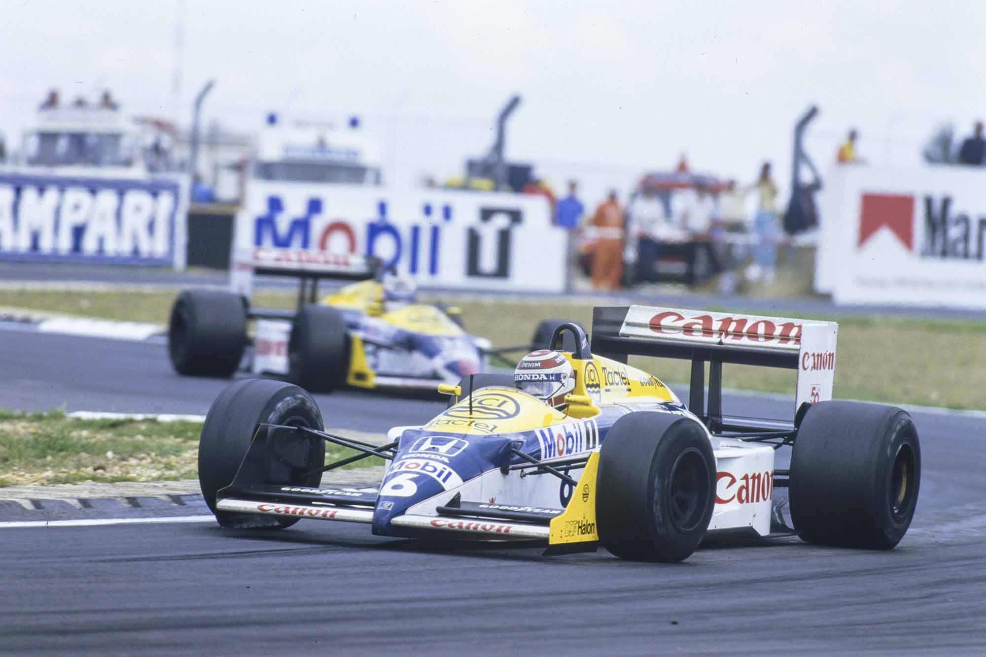 Nelson Piquet leads Nigel Mansell during their 1987 British Grand Prix Silverstone battle