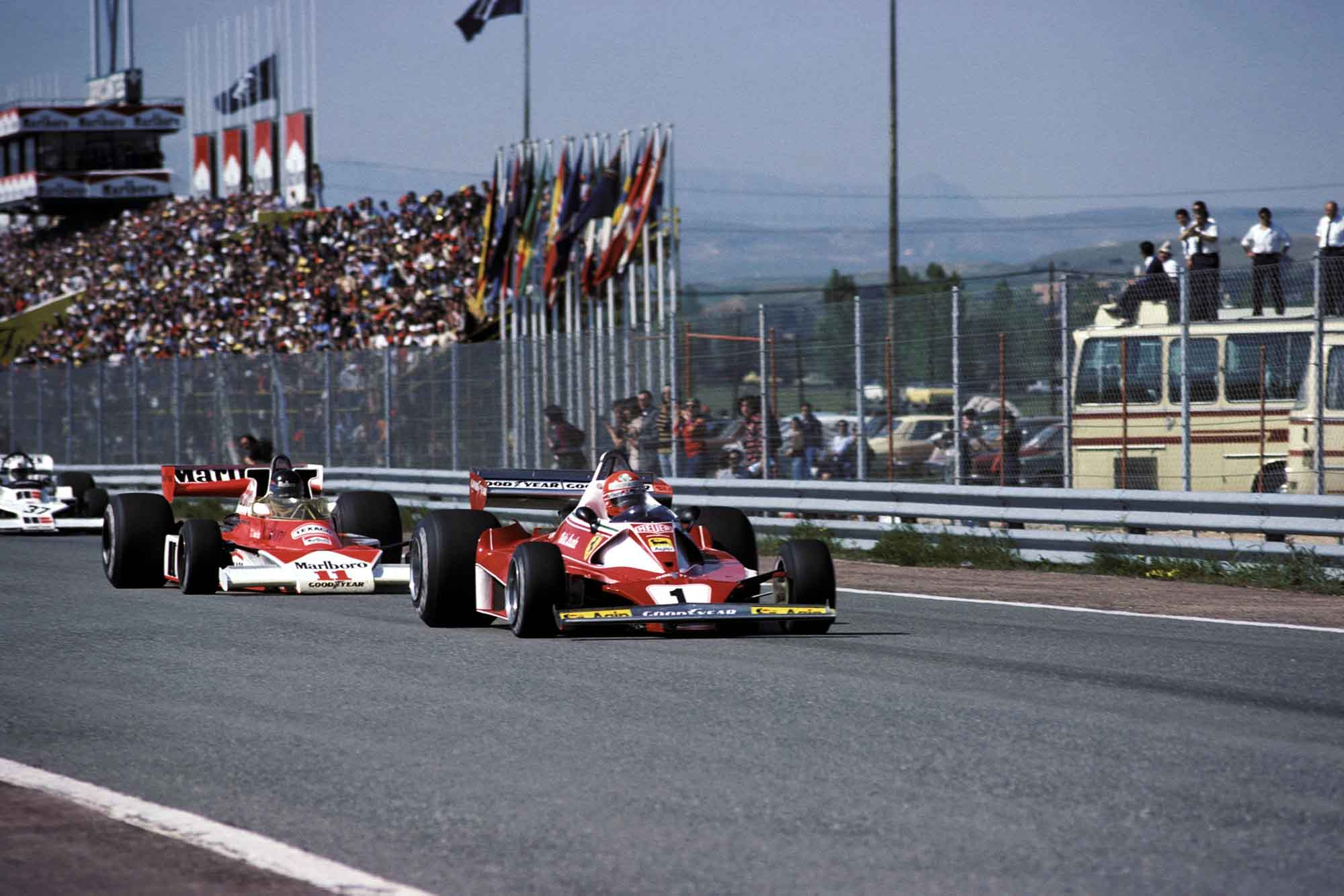 James Hunt (McLaren) chases Niki Lauda (Ferrari) at the 1976 Spanish Grand Prix