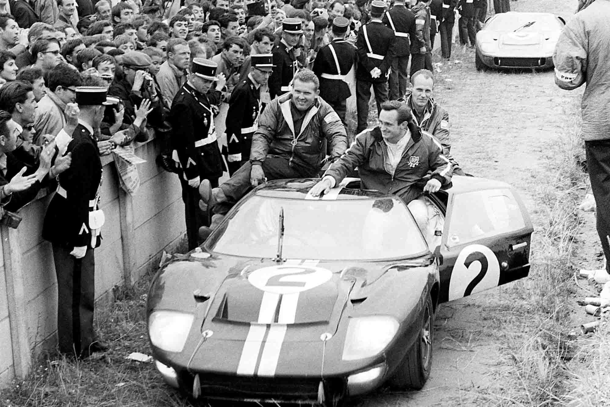 Chris Amon goes off road on his way back to pits in his Ford GT40 MkII
