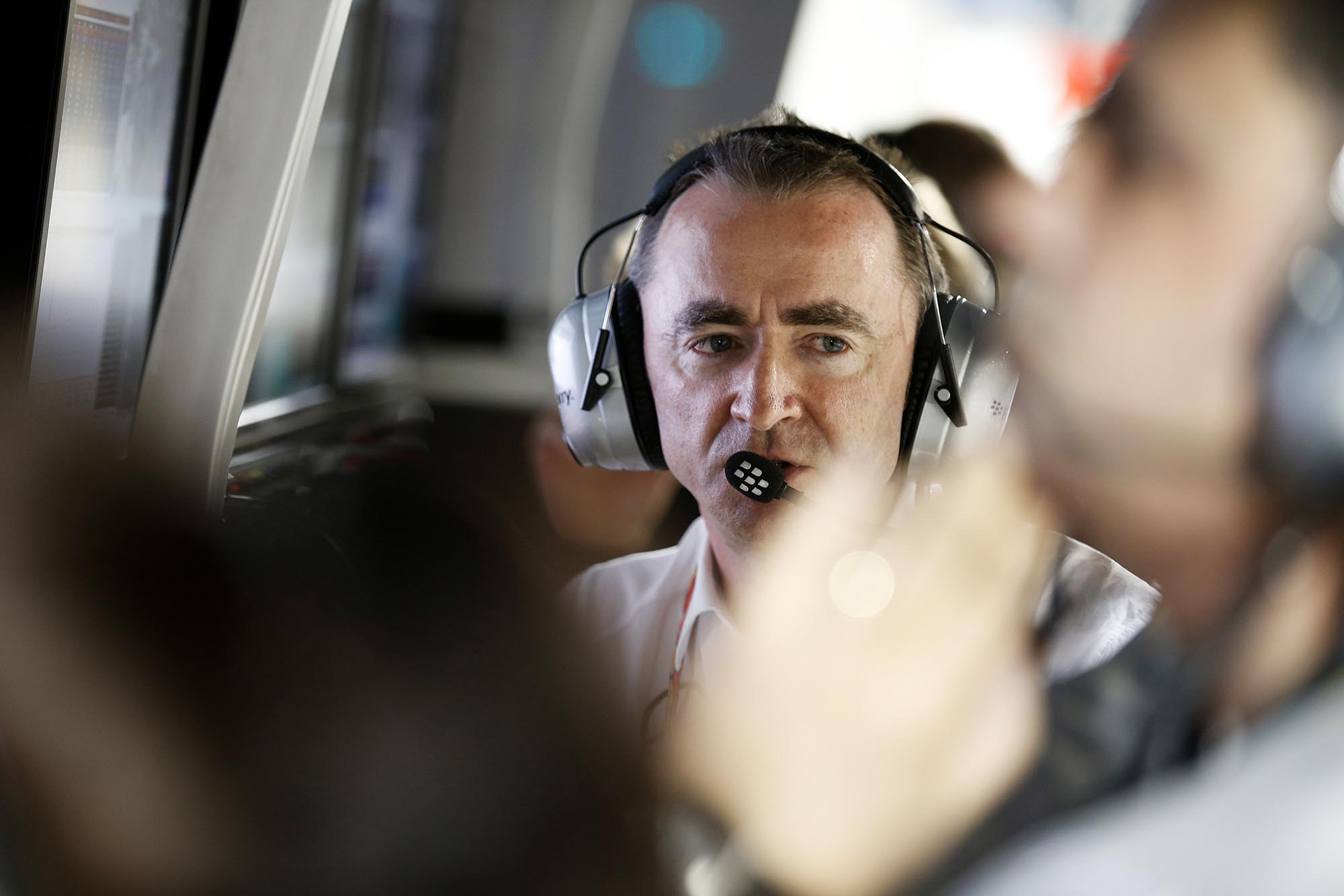 Paddy Lowe on the Mercedes pit wall at Bahrain Grand Prix 2014