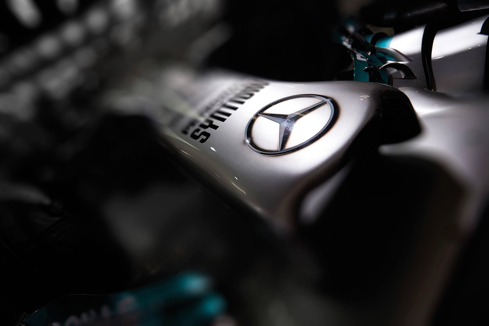 Mercedes nose