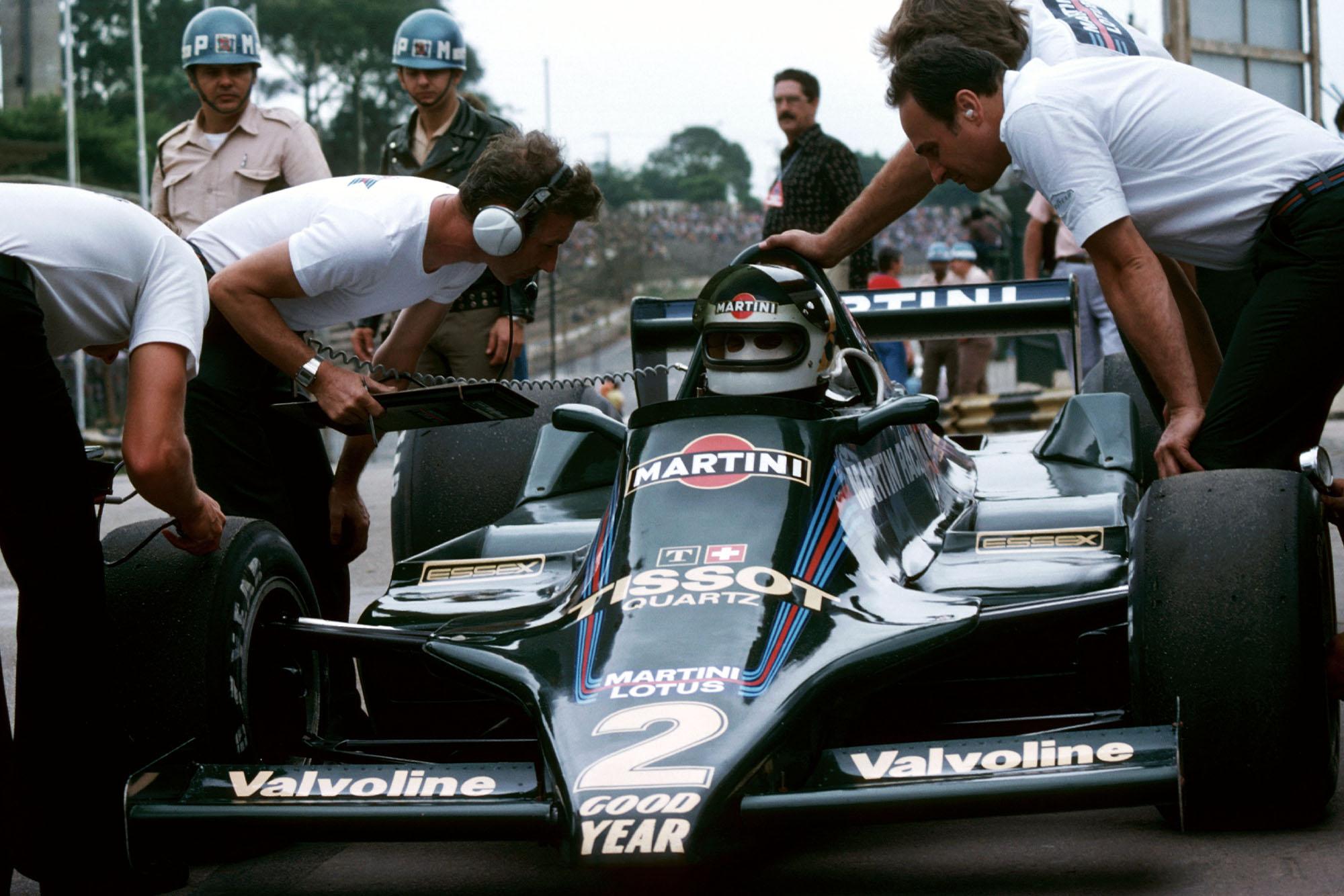 Carlos Reutemann (Lotus) at the 1979 Brazilian Grand Prix, Interlagos.